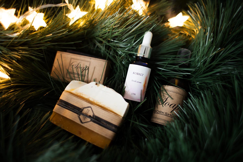 Natulralne kosmetyki | co kupić na prezent świąteczny?